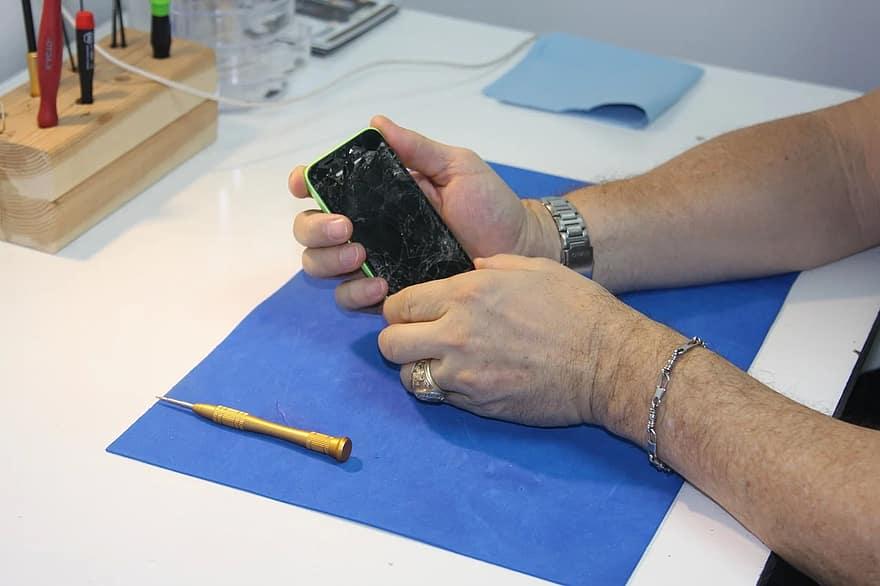 Comment réussir la réparation de téléphone par vos propres moyens?