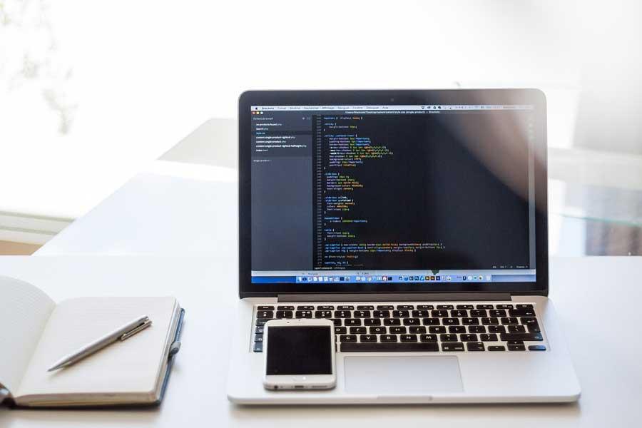 ordinateur portable : site web